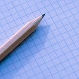 Una matita e del taccuino una fine su immagine stock