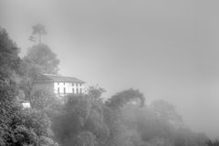 Una mattina nebbiosa a Nagarkot, il Nepal Fotografia Stock Libera da Diritti