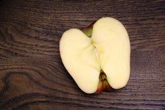 Una metà di una mela Fotografia Stock Libera da Diritti