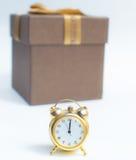 Una mezzanotte notevole dell'orologio di nuovo anno felice Immagini Stock