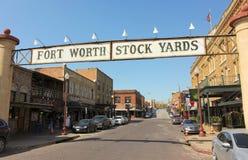 Una mirada en el distrito histórico de los corrales de Fort Worth Fotos de archivo libres de regalías