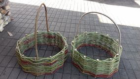 una mochila de la cesta fotografía de archivo libre de regalías