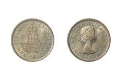 Una moneta 1953 della Nuova Zelanda che commemora l'incoronazione della regina Elizabeth II fotografia stock libera da diritti