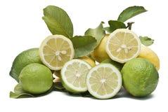 Una montagna dei limoni. Fotografia Stock