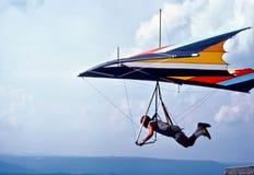 Una montagna di Hang Glider Launches From Lookout, Tennessee, U.S.A. Fotografia Stock Libera da Diritti
