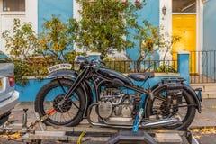 Una moto vieja hermosa de BMW imagen de archivo libre de regalías