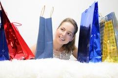 Una muchacha en las compras Imagen de archivo