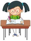 Una muchacha que estudia en el escritorio libre illustration