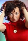 Una mujer atractiva joven hermosa Imagen de archivo libre de regalías