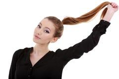 una mujer hermosa con el pelo largo Imagen de archivo