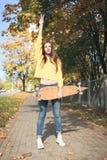 Una mujer hermosa del patinador Fotografía de archivo
