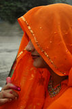 Una mujer india bajo el velo Fotografía de archivo