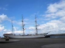 Una nave Imagen de archivo libre de regalías