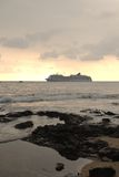 Una nave da crociera fuori dall'Hawai Fotografia Stock Libera da Diritti