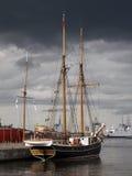 Una nave solitaria. Aarhus, Denma Fotografie Stock Libere da Diritti