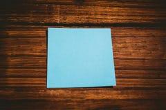 Una nota de post-it azul imagen de archivo libre de regalías