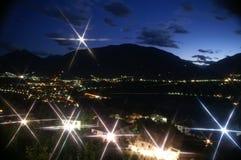 una notte delle 6 alpi Fotografia Stock