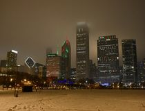Una notte di Natale nebbiosa Fotografia Stock Libera da Diritti