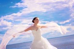 Una novia en el mar Fotografía de archivo
