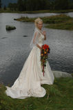 Una novia joven y feliz en amor Foto de archivo libre de regalías