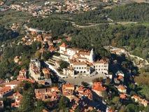Una opinión de los pájaros sobre un palacio de Sintra Imagen de archivo libre de regalías