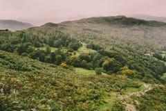 Una opini?n del paisaje de la monta?a en Cumbria imagen de archivo libre de regalías