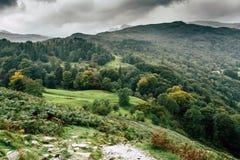 Una opini?n del paisaje de la monta?a en Cumbria imagen de archivo