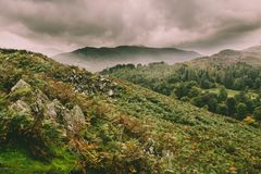 Una opini?n del paisaje de la monta?a en Cumbria fotografía de archivo libre de regalías
