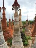 Una pagoda nel lago Inle (Birmania) Fotografia Stock Libera da Diritti