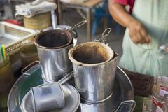 Una parada de café móvil en la calle de Bangkok, Tailandia foto de archivo libre de regalías