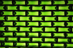 Una pared hecha de las botellas de cerveza Fotografía de archivo