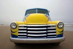 Una parte anteriore del camion 1953 di Chevy Fotografia Stock Libera da Diritti