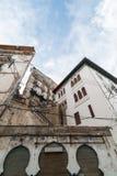 Una parte antica di vecchia città dell'Algeria, chiamata casbah (kasaba) La vecchia città è di 122 metri (400 ft) del abov Immagine Stock