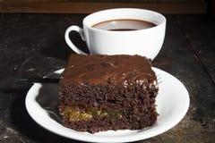 Una parte della torta di cioccolato Immagini Stock
