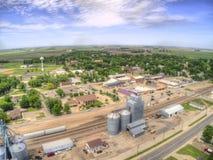 Una pequeña ciudad de Dakota durante Dakota del Norte imagen de archivo libre de regalías