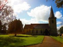Una pequeña iglesia de la aldea Fotos de archivo libres de regalías