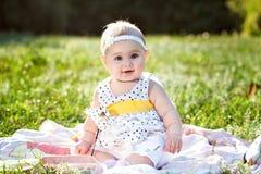 Una pequeña muchacha hermosa Fotografía de archivo