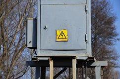 Una pequeña subestación para la fuente de electricidad Imagen de archivo libre de regalías