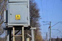 Una pequeña subestación para la fuente de electricidad Imagenes de archivo