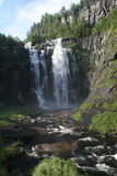Una piccola cascata in Norvegia Fotografia Stock Libera da Diritti