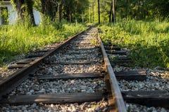 Una piccola ferrovia messa a fuoco fotografia stock libera da diritti