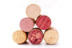 Una pila de corchos del vino Imágenes de archivo libres de regalías