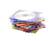 Una pila de discos coloreados Fotos de archivo libres de regalías