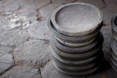Una pila de piedra tradicional del mortero de la maja Fotografía de archivo libre de regalías