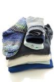 Una pila de ropa del bebé Imagen de archivo