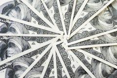 Una pila di 100 banconote in dollari, fine di Crolled sulla banconota fotografie stock
