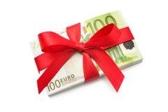 Una pila di cento euro banconote Immagini Stock