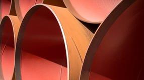Una pila di grandi tubi Fotografia Stock