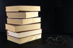 Una pila di libri fotografia stock