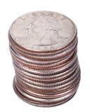 Pila isolata della moneta del dollaro quarto Immagini Stock